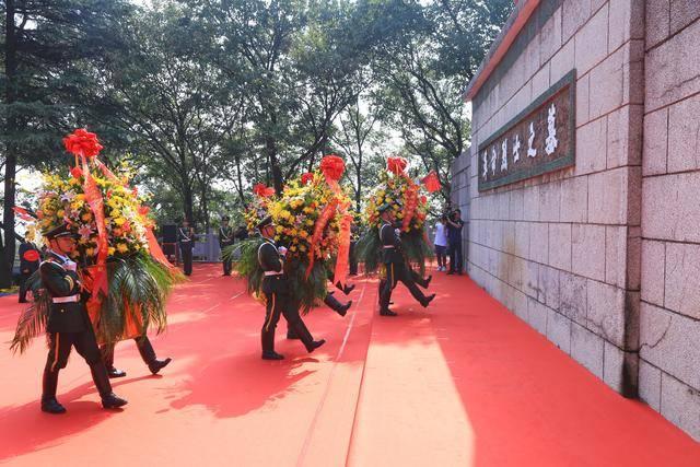 襄阳今日举办2020年烈士公祭活动